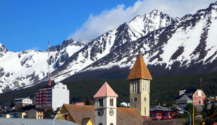 Ushuaia : Church Towers
